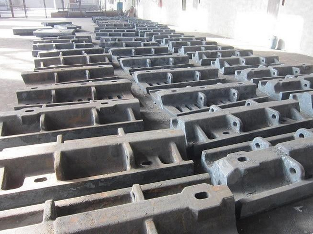 Large Alloy Steel Castings Mill Liners For Mine Mills Hardness HRC33-43 Better Wear Resistance
