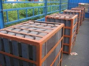China Alloy Steel Castings Steel Lift Bars Moulded In Rubber Liners supplier