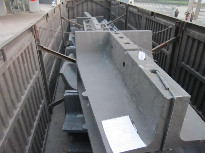 1.6 Tons Pulp Lifter Sag Mill Liners For High Abrasion Performance